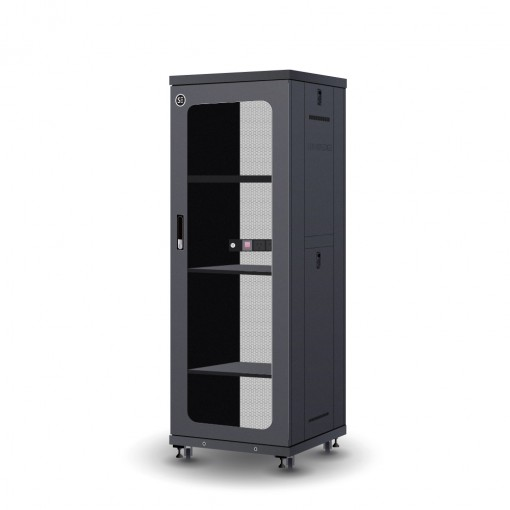 Serveredge 32RU 600mm Wide & 600mm Deep Fully Assembled Free Standing Server Cabinet